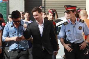 Messi a la porta del Jutjat