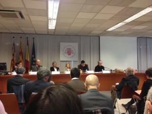 """Imatge de la primera taula de la jornada """"El dret a l'autodeterminació: anàlisi jurídic"""""""