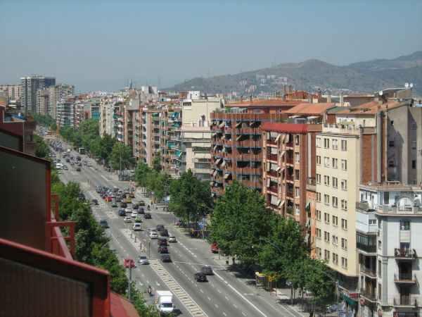 Avinguda Meridiana de Barcelona / Font: panoramio.com