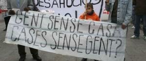 Manifestació per un habitatge digne. Font: www.diariblanes.com