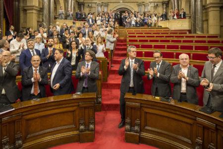 Aprovació de la la llei de transitorietat jurídica i fundacional de la república de Catalunya